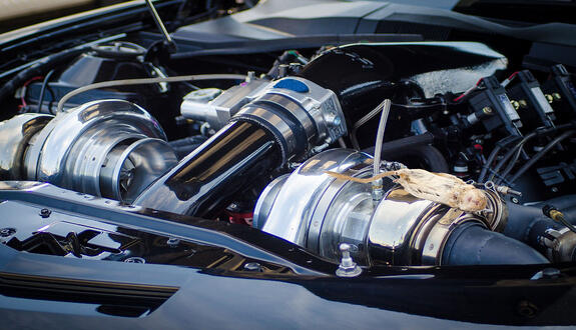 engine-2682239_1920-2